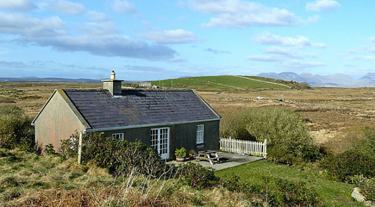 catering ireland shell self irish yellow cottage holiday cottages homeext